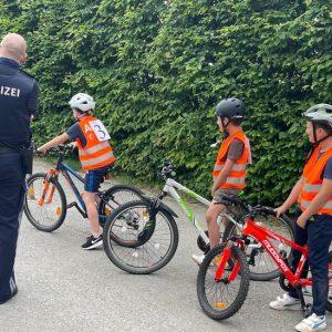 Radfahrprüfung der 4. Klassen Volksschule Gänserndorf 2021